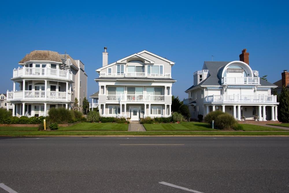 Summer-beach-homes